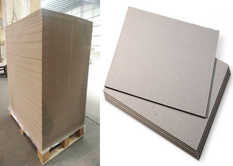 China Graues Farbe-Strawboard-Papier im Jahre 1100 G/M/1.78mm lamellierte Pappe fournisseur